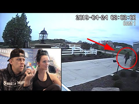 Roman Atwood found a thief outside his house.