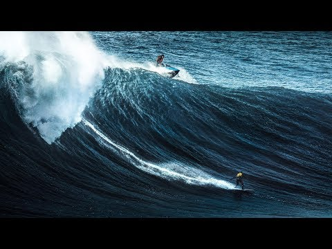 The Waves of Jon Olsson and his friends lives in Nazare!!