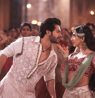 Kalank - First Class with Varun and Kiara