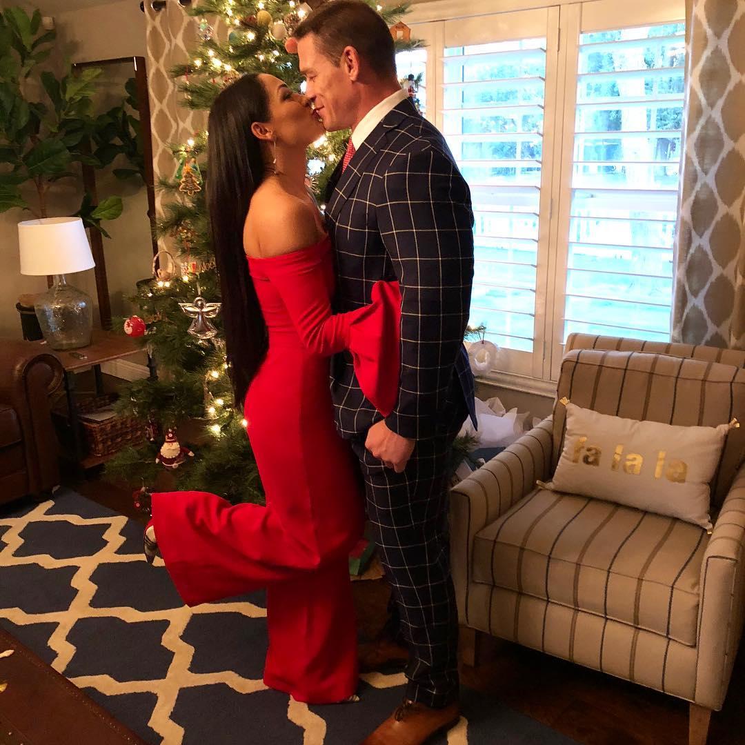 Nikki Bella\'s Christmas Gift : John Cena & Family. - Stunmore
