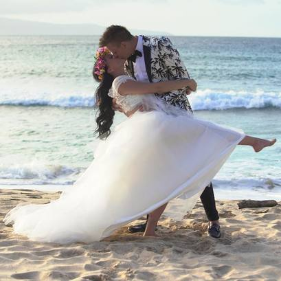 Officially, Roman Atwood and Brittney Smith got married.