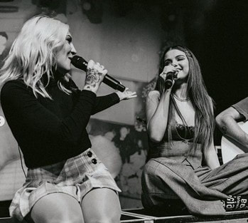 Selena Gomez and Julia Michaels collabrate with an awesome show