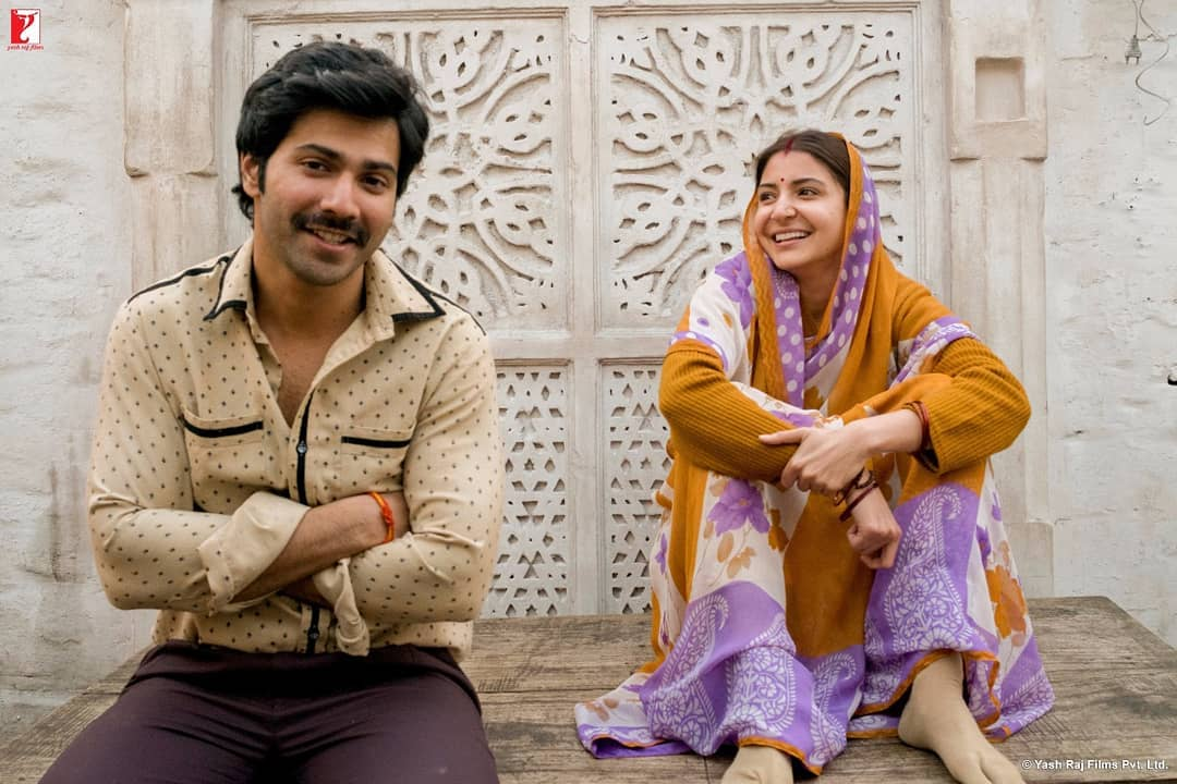 SUI DHAAGA FIRST LOOK IS OUT!